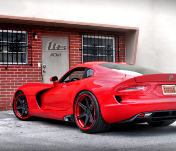<b>Red Dodge Viper</b> – ADV6 Track Spec SL Wheels